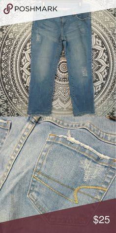 Cropped stretch jeans by american eagle! Cropped stretch jeans by american eagle. In great condition. Will bundle  (: American Eagle Outfitters Jeans Ankle & Cropped