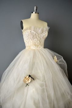 Vintage 50s Strapless Cream Tulle Party by OffBroadwayVintage