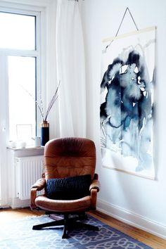 Ikea Hack: Wie du dein großformatiges Bild mit Aquarell-Druck mit nur einer Stoffbahn selber machen kannst - Wall Hanging deluxe ganz einfach.