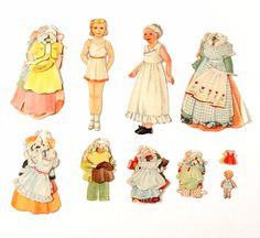 Vintage Paper Doll Set with Mother, Child, and Clothing (1940s)
