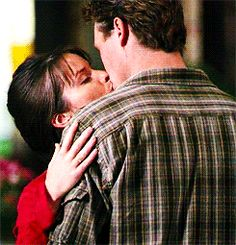 """Leo orbs away while he's kissing Piper Bites"""" Serie Charmed, Charmed Tv Show, Movie Gifs, Movie Tv, Charmed Season 8, Charmed Book Of Shadows, Charmed Sisters, Leo Love, Love Scenes"""