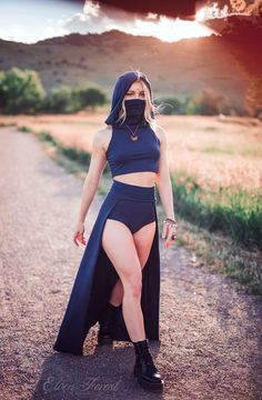 Outfits Aesthetic Discover Dust Mask Hoodie Crop Top with Face Mask Elven Forest festival clothing ninja clothes face covering flow clothes love Mode Outfits, Fashion Outfits, Stylish Outfits, Forest Festival, Ninja Outfit, Crop Top Hoodie, Mens Crop Top, Hoodie Dress, Character Outfits