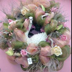 Victorian swan wreath