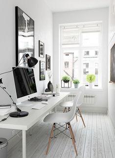 Gorgeous 39 Cozy Monochrome Home Office Decor Ideas http://toparchitecture.net/2018/04/03/39-cozy-monochrome-home-office-decor-ideas/