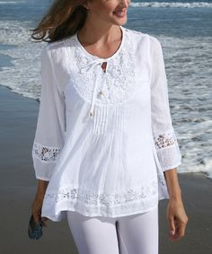Look at this Ananda's Collection White Crochet Tie-Front Peasant Top - Women on today! Look at this Ananda's Collection White Crochet Tie-Front Peasant Top - Women on today! Blouse Styles, Blouse Designs, Peasant Tops, Tunic Tops, Blouse Sexy, Sundress Outfit, Mode Inspiration, Shirt Blouses, Fashion Dresses