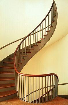Shaker Stairs #stairs