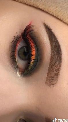 Smokey Eye Makeup Tutorial, Eye Makeup Steps, Eye Makeup Art, Eyebrow Makeup, Skin Makeup, Eyeshadow Makeup, Eye Makeup Designs, Purple Eye Makeup, Halloween Eye Makeup