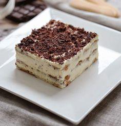 Tiramisu with amaretto Christophe Felder Tiramisu Dessert, Dessert Cake Recipes, Tiramisu Fruits, Chefs, Nutella Biscuits, Christophe Felder, Desserts With Biscuits, Farm Cake, Easy Sugar Cookies