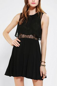 Pins And Needles Lace-Collared Dress