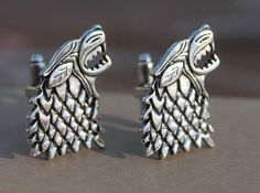 Hunting for the perfect Christmas gift idea for boyfriend? He may love these snazzy Game of Thrones cufflinks.