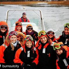 Burn Out City offers activities, programs and experiences for companies and groups in Långvik scenery.  #Repost @burnoutcity  #visithelsinki #archipelago #ribsafari #burnoutcityevents #burnoutcity  http://www.langvik.fi/