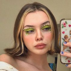 Image uploaded by ❤ 𝓛𝓲𝓷𝓪 ❤. Find images and videos about cute, tumblr and beauty on We Heart It - the app to get lost in what you love. Cute Makeup Looks, Makeup Eye Looks, Eye Makeup Art, Pretty Makeup, Skin Makeup, Beauty Makeup, Edgy Makeup, Makeup Inspo, Makeup Inspiration