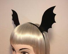 Haarreifen - Gothic Haarreif - Fledermaus Flügel - Halloween - ein Designerstück von Miaka bei DaWanda
