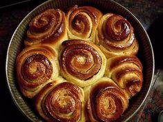 Ayelén Cocina: Torta de los 80 golpes Torta Asada, Yummy Treats, Yummy Food, Sweet Breakfast, Finger Foods, Sweet Recipes, Sweet Tooth, Food And Drink, Pudding