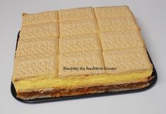 Prajitura cu biscuiti, mere si crema de vanilie - Bunătăți din bucătăria Gicuței Biscuit, Waffles, Food And Drink, Bread, Breakfast, Foods, Sweets, Morning Coffee, Food Food