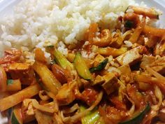 Gemüse-Wok mit Tofu Zucchini, Chili, Wok, Vegetarian Food, Cooking, Chile, Chilis