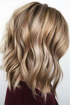 Caramel Beachy Waves Styling ❤️ Let us guide you in the world of medium hair styles. We have a collection of the trendiest hairstyles for ladies with shoulder length hair. ❤️ 2020 waves 30 Easy New Medium Hair Styles Curly Hair Styles, Medium Hair Styles For Women, Updo Styles, Haircut For Thick Hair, Wavy Hair, Blonde Hair, Haircut Short, Lob Haircut, Hair Locks