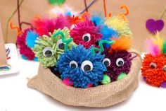 Ok, the monster party is super cute, but these little pom pom monsters are to die for! Little Valentine, Valentines Day Party, Valentines For Kids, Little Monster Party, Monster Birthday Parties, Birthday Ideas, Pom Pom Crafts, Yarn Crafts, Yarn Monsters