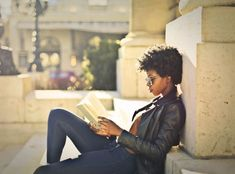 If you spent 2019 devouring novel after novel, why not make 2020 the year for delving into non-fiction? While memoirs and biographies make up a big chunk of the true-life market, it's … Books To Read For Women, Best Books To Read, Good Books, Business Woman Successful, Business Women, Personal Branding, Cara Alwill Leyba, Modern Feminism, Successful Relationships
