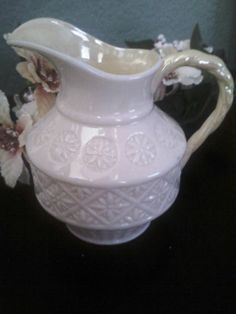 Belleek /'Ribbon/' Sugar Bowl; Elegant Ivory Porcelain From Ireland; Green Mark Reg No 0857