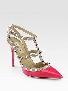 Los próximos en mi wish list Valentino Rockstud Patent Leather Ankle Strap Pumps