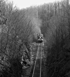 TC, Cookeville, Tennessee, 1963 Eastbound Tennessee Central Railway freight train labors up Algood hill west of Cookeville, Tennessee, in April 1963. Photograph by J. Parker Lamb, © 2016, Center for Railroad Photography and Art. Lamb-02-025-06