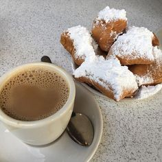 Beignets at Cafe Du Monde, New Orleans. Watch the entire episode here #monicagoes
