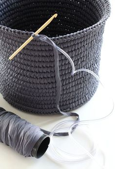 Great idea for a crochet basket, at least it can stand!