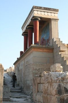 Knossos, the ancient palace of King Minos, lies just south of Heraklion, on the island of Crete. Crete Island Greece, Mykonos Greece, Athens Greece, Santorini, Venice Travel, Italy Travel, Greece Travel, Acropolis, Ancient Ruins