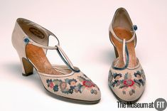 André Perugia shoes, 1925, collection of MFIT