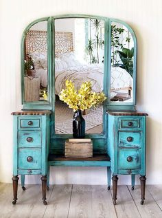 SOLD***Antique vanity with mirror, trifold, vintage, turquoise, boho Paint Furniture, Furniture Makeover, Antique Vanity, Vintage Vanity, Vintage Dressing Tables, Selling Antiques, Bedroom Vintage, Vintage Furniture, Decoration