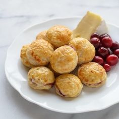 Cranberry Brie Bites are a delicious, easy make-ahead appetizer. Golden puff pastry with creamy cranberry Brie filling. Each tastes like a mini baked Brie! Easy Make Ahead Appetizers, One Bite Appetizers, Yummy Appetizers, Appetizer Recipes, Easy Meals, Simple Appetizers, Dinner Recipes, Thanksgiving Appetizers, Holiday Appetizers