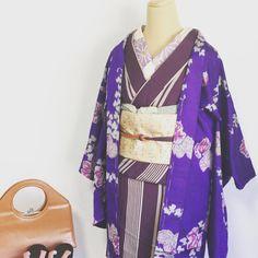 オンラインショップオープンに向けて、黙々と撮影しております。 夏が終わるのは寂しいけれど、重ね着好きな私は早く羽織を掛けれるくらい涼しくなってほしいなぁ。 #着物 #きもの #着物コーディネート #きものコーディネート #着物女子 #きもの女子 #kimono #アンティーク着物 #アンティーク #antique #ヴィンテージ着物 #ヴィンテージ #vintage #古着 #大正ロマン #大正ロマン風 #kyoto #japan #japanesegirl #京都 #西陣 #モダン #モダン着物 #昭和レトロ