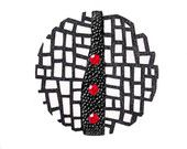 black and red by Zoriana on Etsy Steel Jewelry, Wooden Jewelry, Clay Jewelry, Jewelry Art, Jewelry Design, Laser Cut Jewelry, Crystal Brooch, Crystal Jewelry, Laser Cut Wood