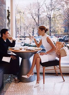 "Carolyn Murphy in ""Fashion Week"" by Patrick Demarchelier for Harper's Bazaar US February 2002 Fashion Mode, Work Fashion, Fashion Outfits, Style Fashion, 20s Fashion, Couture Fashion, Runway Fashion, Fashion Trends, Trajes Business Casual"