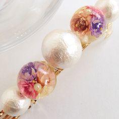 バレッタの長さ 80mmコットンパール 18mm→14mmバレッタのカラー ゴールドお花の色 ライトピンク&ピンク&ホワイト&パープルの4色(^○^)普段の日常から、結婚式の時などにもいいですよ♥︎