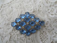 1920's glass brooch by Nkempantiques on Etsy