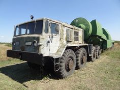 Maz 537 tanker truck with configuration, used for fueling missiles with the rocket propellant component hefty Huge Truck, Big Rig Trucks, Heavy Truck, Truck Transport, Army Vehicles, Horse Drawn, Heavy Equipment, Cars And Motorcycles, Jeep