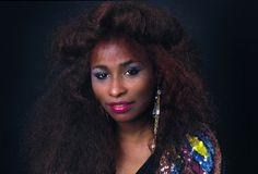 Chaka Khan, London 1984 - Derek Ridgers Jazz Hip Hop, Hip Hop And R&b, Soul Singers, Female Singers, Fred Wilson, Black Pin Up, Chaka Khan, Black Goddess, Neo Soul
