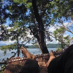 Me be hammocking  #hammocklife #happyplace #igotthatsummertimehappiness  #canada #cabinlife #reidisland by @ajay_rana