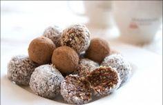 Jednoduchý fitness recept na dezert, který připravíte bez mouky a cukru. Konečně si tak budete moc vychutnat sladké potěšení bez hříšného pocitu, že si zničíte svou štíhlou linii!