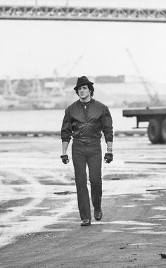 Sylvester Stallone and Talia Shire in Rocky II Jackie Stallone, Sage Stallone, Frank Stallone, Rocky Stallone, Sylvester Stallone Young, Movie Photo, Picture Photo, I Movie, Movie Stars