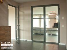Afbeeldingsresultaat voor glazen deuren wit staal
