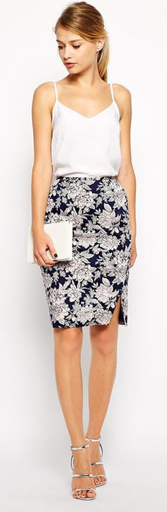 Oasis floral pencil skirt I Asos | I love this look and that skirt! Print might be a little big. but so elegant for a summer night out