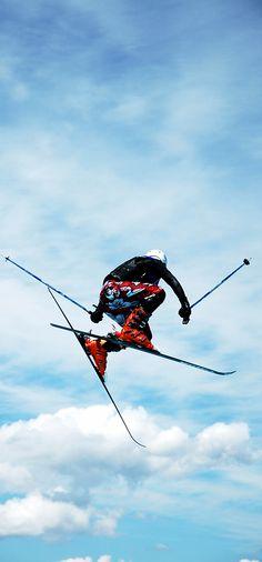 Winter is the season to make your life less ordinary! // Der Winter eignet sich hervorragend für ein #LifeLessOrdinary! #skiing #winter #skisport #enjoysiemens