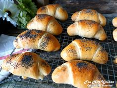 Horn med ost og skinke - Fra mitt kjøkken Bagel, Horns, Food And Drink, Baking, Lasagna, Horn, Bakken, Backen, Sweets