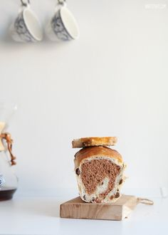 cinnamon raisin bread ( use the translator )