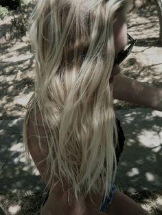i miss having blonde hair!