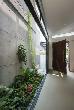 39 Delicate Indoor Garden Design Ideas To Inspire You Everyday - Your garden does not have to be boring inside. I believe many people shy away from an indoor garden is because of their lack of imagination on design. Interior Garden, Interior And Exterior, Interior Plants, Interior Design, Exterior Siding, Landscape Architecture, Interior Architecture, Architecture Courtyard, House Landscape