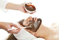 Tretman lica toplom čokoladom ili piling kože lica zrncima kafe + GRATIS ultrazvuk i drenaža lica za 630 rsd. BLIC popust 78% moj Kupon Popusti u boji...